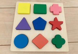 木製パズルのおもちゃ